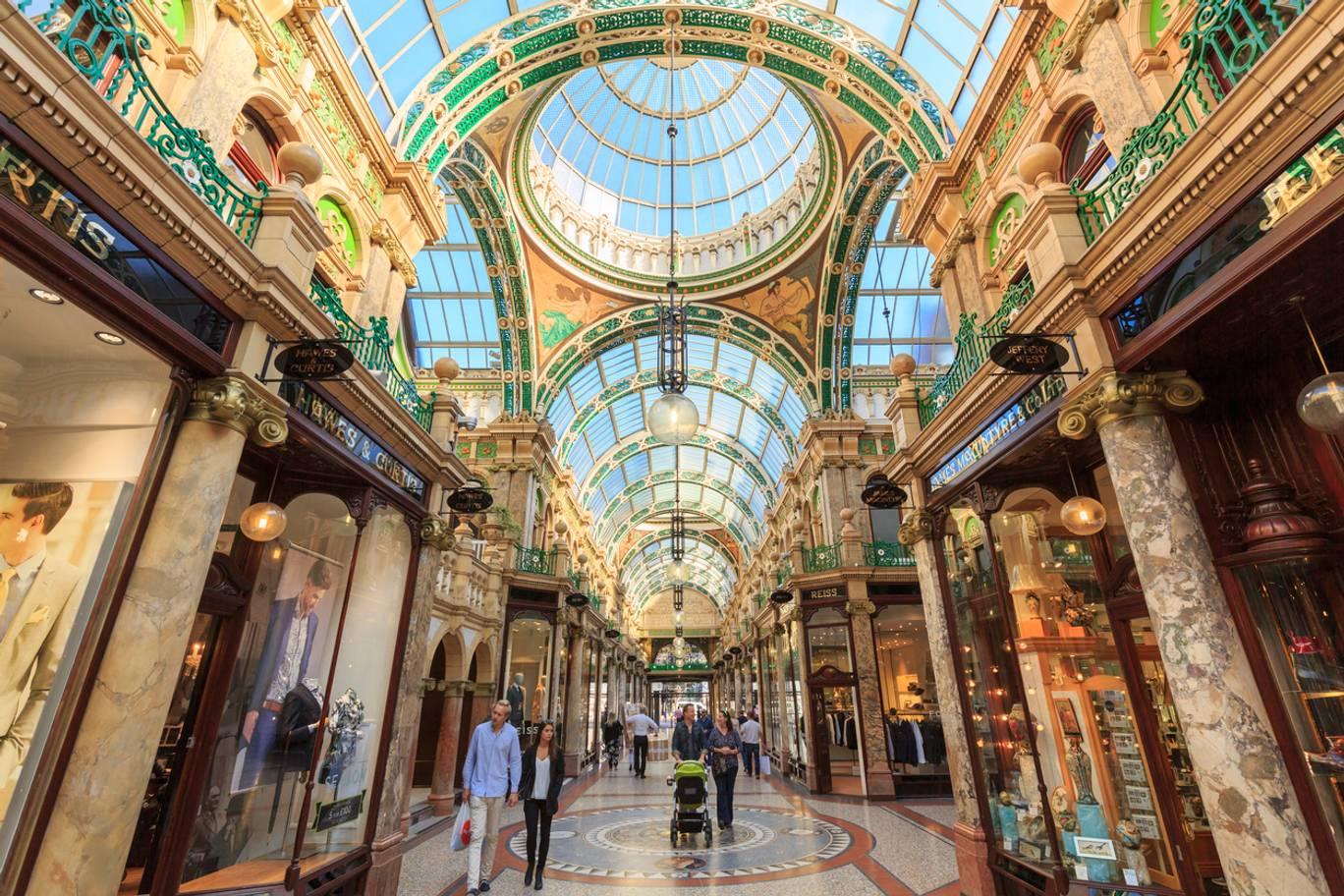 Image of Leeds Victoria Quarter shopping precinct